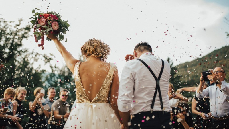Xem ngày cưới hỏi theo tuổi vợ hay chồng